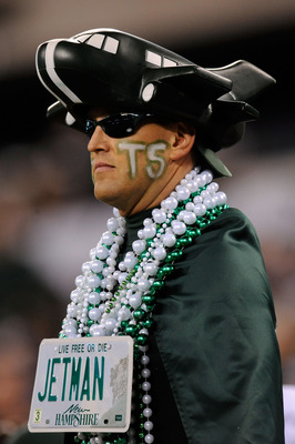 EAST RUTHERFORD, NJ - NOVEMBER 13:  A fan of the New York Jets supports his team against the New England Patriots at MetLife Stadium on November 13, 2011 in East Rutherford, New Jersey.  (Photo by Patrick McDermott/Getty Images)