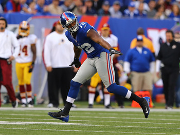 Osi Umenyiora still flying for Big Blue