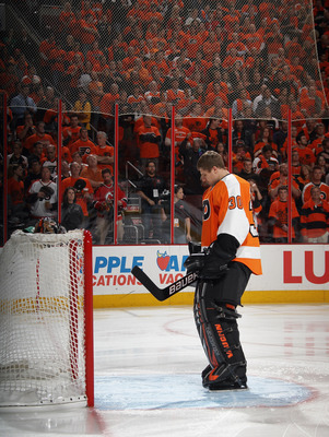 Bryzgalov will try to make Philly fans forget last season's playoff run