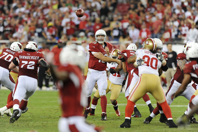 GLENDALE, AZ - OCTOBER 29:  John Skelton #19 of the Arizona Cardinals throws a pass down field against the San Francisco 49ers at University of Phoenix Stadium on October 29, 2012 in Glendale, Arizona. 49rs won 24-3. (Photo by Norm Hall/Getty Images)