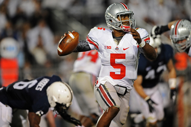 STATE COLLEGE, PA - OCTOBER 27: Quarterback Braxton Miller #5 of the Ohio State Buckeyes looks to pass against the Penn State Nittany Lions in the third quarter at Beaver Stadium on October 27, 2012 in State College, Pennsylvania. The Ohio State Buckeyes 