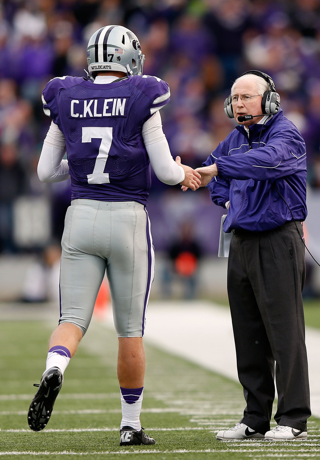 MANHATTAN, KS - OCTOBER 27:  Quarterback Collin Klein #7 of the Kansas State Wildcats is congratulated by head coach Bill Snyder after a touchdown during the game against the Texas Tech Red Raiders at Bill Snyder Family Football Stadium on October 27, 201