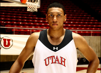 Utes small forward Jordan Loveridge