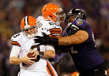 Haloti Ngata pressures Weeden in the Week 4 meeting.