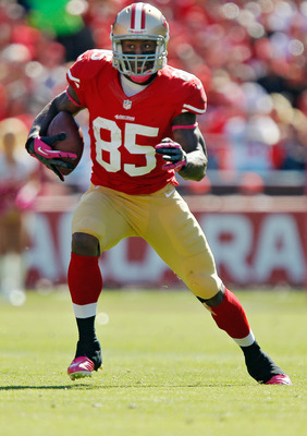 Vernon Davis presents matchup problems for any defense
