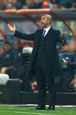 DONETSK, UKRAINE - OCTOBER 23:  Roberto Di Matteo the manager of Chelsea shows his frustration during his sides 1-2 defeat during the UEFA Champions League Group E match between Shakhtar Donetsk and Chelsea at the Donbass Arena on October 23, 2012 in Done