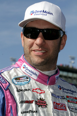 Elliott Sadler may win the Nationwide Series title this season.
