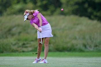 From head cover to golf ball.  Everything is pink for Paula Creamer.
