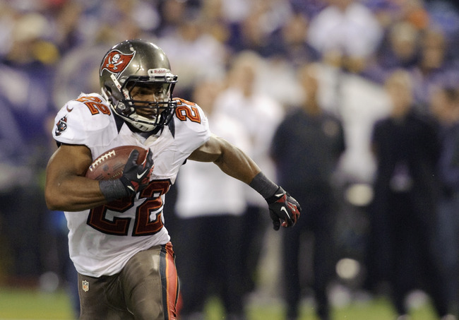 MINNEAPOLIS, MN - OCTOBER 25: Doug Martin #22 of the Tampa Bay Buccaneers carries the ball during the game against the Minnesota Vikings on October 25, 2012 at Mall of America Field at the Hubert H. Humphrey Metrodome in Minneapolis, Minnesota. (Photo by