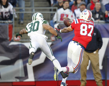 LaRon Landry battles with Rob Gronkowski