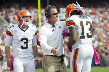 QB #3 Brandon Weeden, head coach Pat Shurmur, WR #13 Josh Gordon