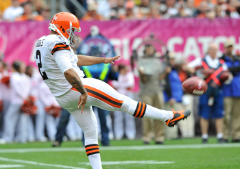 Browns punter, Reggie Hodges