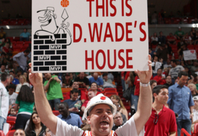 A-miami-heat-fan-lets-the-rest-of-the-world-know-how-he-feels-about-his-favorite-player_crop_340x234_crop_650