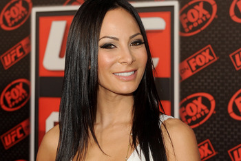 ANAHEIM, CA - NOVEMBER 12:  TV personality Kenda Perez attends UFC on Fox:  Live Heavyweight Championship at the Honda Center on November 12, 2011 in Anaheim, California.  (Photo by Jason Merritt/Getty Images)