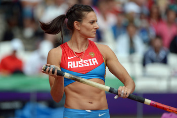 Aug 4, 2012; London, United Kingdom; Yelena Isinbayeva (RUS) competes in the womens pole vault during the London 2012 Olympic Games at Olympic Stadium. Mandatory Credit: Kirby Lee-USA TODAY Sports