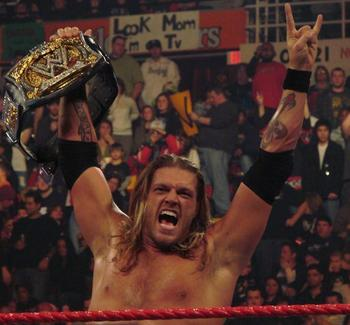 Edge_4th_reign_as_wwe_champion_display_image