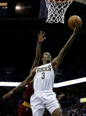 Brandon Jennings scores in Saturday's Milwaukee win over Cleveland