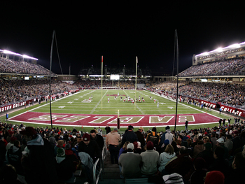 http://pictures.replayphotos.com/images/BC/lg/boston-college-stadiums-endzone-view-of-alumni-stadium-bc-s-x-00016lg.jpg