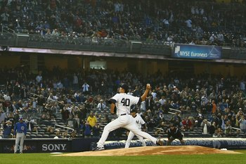 Wang pitching for the Yankees in 2009.