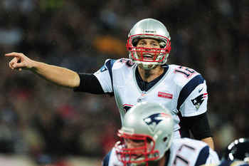 Tom Brady and the Patriots should dominate Sunday.