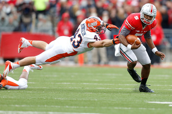 Illinois tried everything, but no one has figured out how to stop Braxton Miller for four quarters.