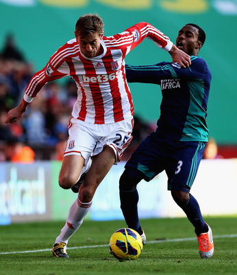 Peter Crouch should be given another chance to play in the England squad.