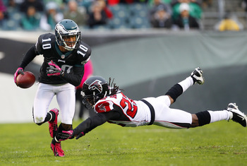 Eagles' WR DeSean Jackson breaking a tackle against the Falcons.