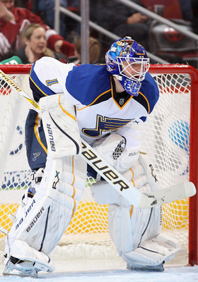 Brian Elliott is the best goaltender No. 2 in fantasy hockey.