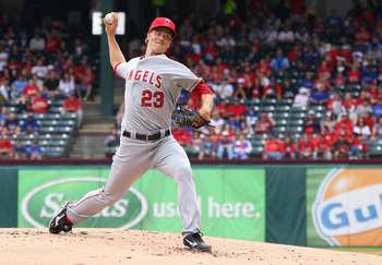 Free agent RHP Zack Greinke pitching against the Rangers for the Angels in 2012.