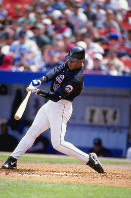 Roger Cedeno had a great season in 1999 and set a then-Mets record with 66 stolen bases that year.