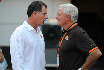 Current head coach Pat Shurmur (left) and new Browns owner Jimmy Halslam (right)