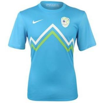 Slovenia-away-shirt-2012-13_display_image