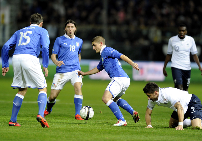 PARMA, ITALY - NOVEMBER 14:  Marco Verratti of Italy (C) during the international friendly match between Italy and France at Stadio Ennio Tardini on November 14, 2012 in Parma, Italy.  (Photo by Claudio Villa/Getty Images)
