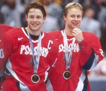 Photo source: http://russkiyhockey.wordpress.com/2009/12/07/1998-olympics/
