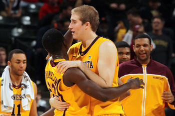 The Golden Gophers will try to pull off the upset in Bloomington.