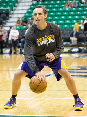 Steve Nash works on getting back to the court