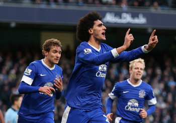 MANCHESTER, ENGLAND - DECEMBER 01:  Marouane Fellaini of Everton celebrates scoring the opening goal during the Barclays Premier League match between Manchester City and Everton at the Etihad Stadium on December 1, 2012 in Manchester, England.  (Photo by