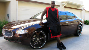 Frank Gore (Photo via http://caliwheels.com/gallery/wp-content/uploads/2011/04/frankgore02a.jpg)