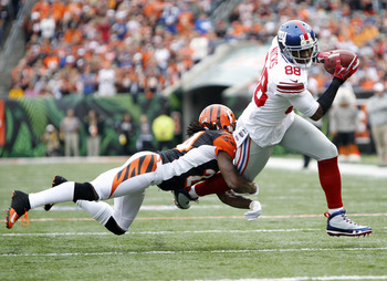 Hakeem Nicks breaking away from a Bengals defender.