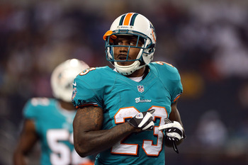Steve Slaton as a member of the Miami Dolphins