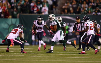 Chaz Schilens and the rest of the Jets wide receivers lacked big play ability against the Pats.