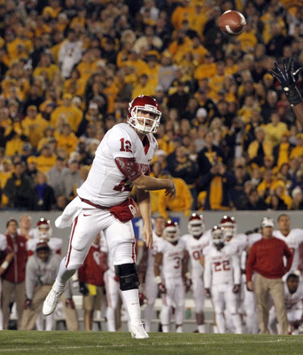 Landry Jones looks to move the Sooners one step closer to a Big 12 title.