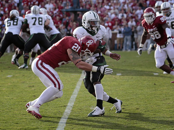 Tom Wort had a tackle-for-loss and a sack against Oklahoma State.