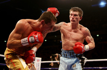 Hatton had some early success with his right hand.