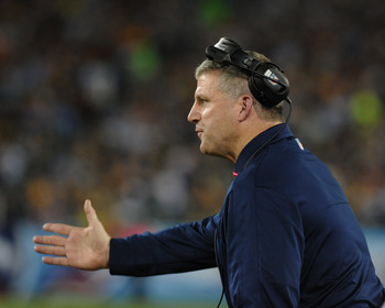 Mike Munchak fell to 13-14 for his coaching career after the loss to the Jags