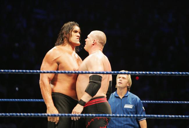 The Great Khali vs Giant Gonzalez