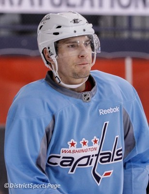 Mattias Sjogren practicing with the Washngton Capitals during the 2012 Stanley Cup Playoffs (DistrictSportsPage)