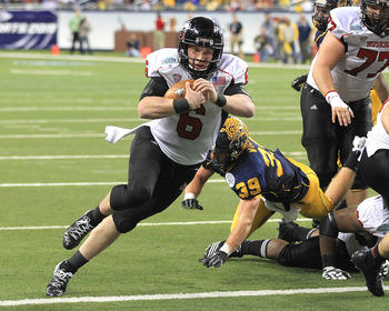 DETROIT, MI - NOVEMBER 30:  Jordan Lynch #6 of the Northern Illinois Huskies scores a second half touch down against the Kent State Golden Flashes during the Mid-American Conference Championship game at Ford Field on November 30, 2012 in Detroit, Michigan