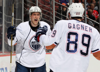 Ales Hemky (left) and Sam Gagner (right) of the Edmonton Oilers.