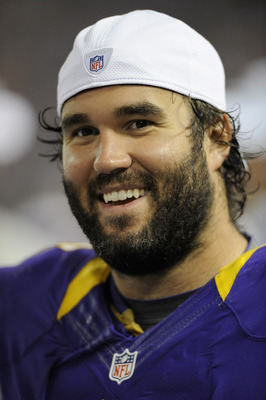 Center John Sullivan and the offensive line didn't allow a Christian Ponder sack against the Green Bay Packers.